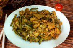 Пилешко с кисели краставички