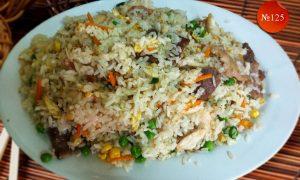 Пържен ориз с три вида месо